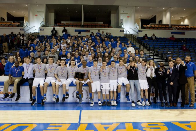 Team and fans, state final 2019