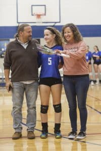 Maira Myers '20 with Dad, Gary '82, and mom Jolene.